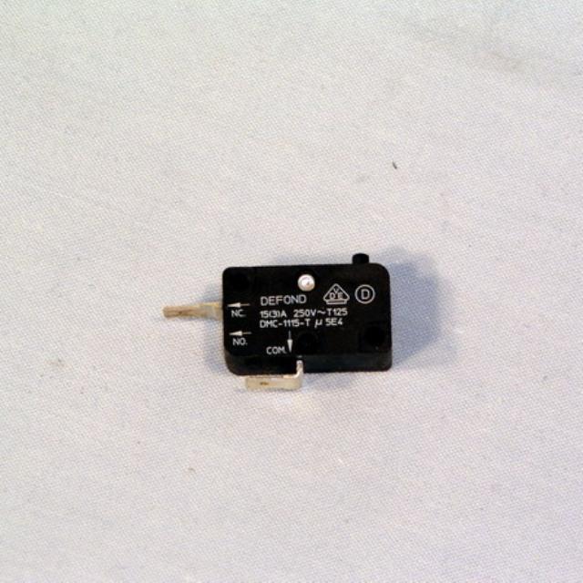 KW687365 - Микропереключатель к утюгам Kenwood (Кенвуд)